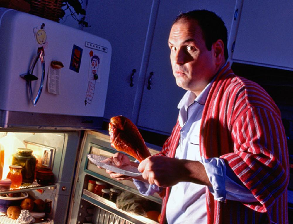 Советы диетологов. Почему нельзя есть на ночь?